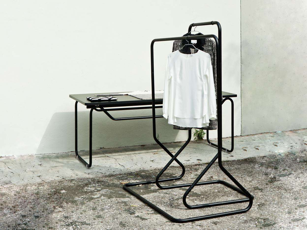 Mobile Freestanding - A